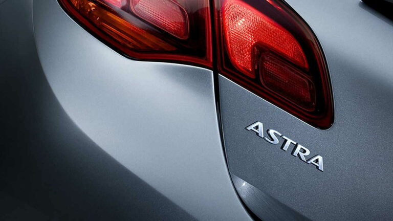 Opel-Astra-owner-review