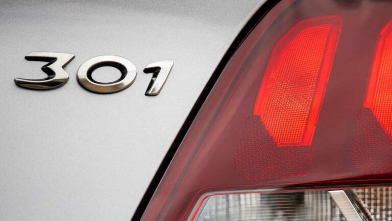Peugeot-301-owner-review