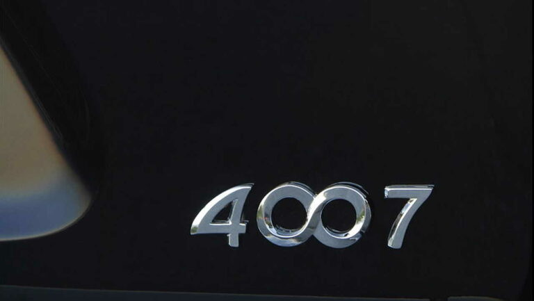 Peugeot-4007-owner-review