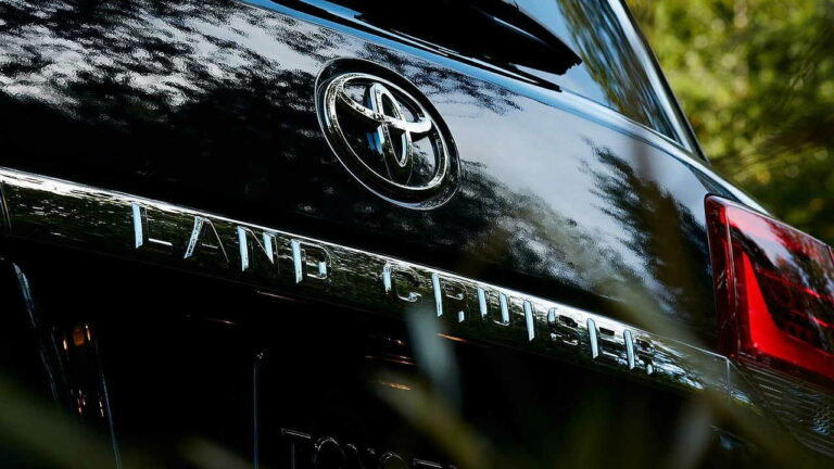 Toyota-Land-Cruiser-owner-review